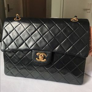 Chanel vintage double flap medium bag lamp skin